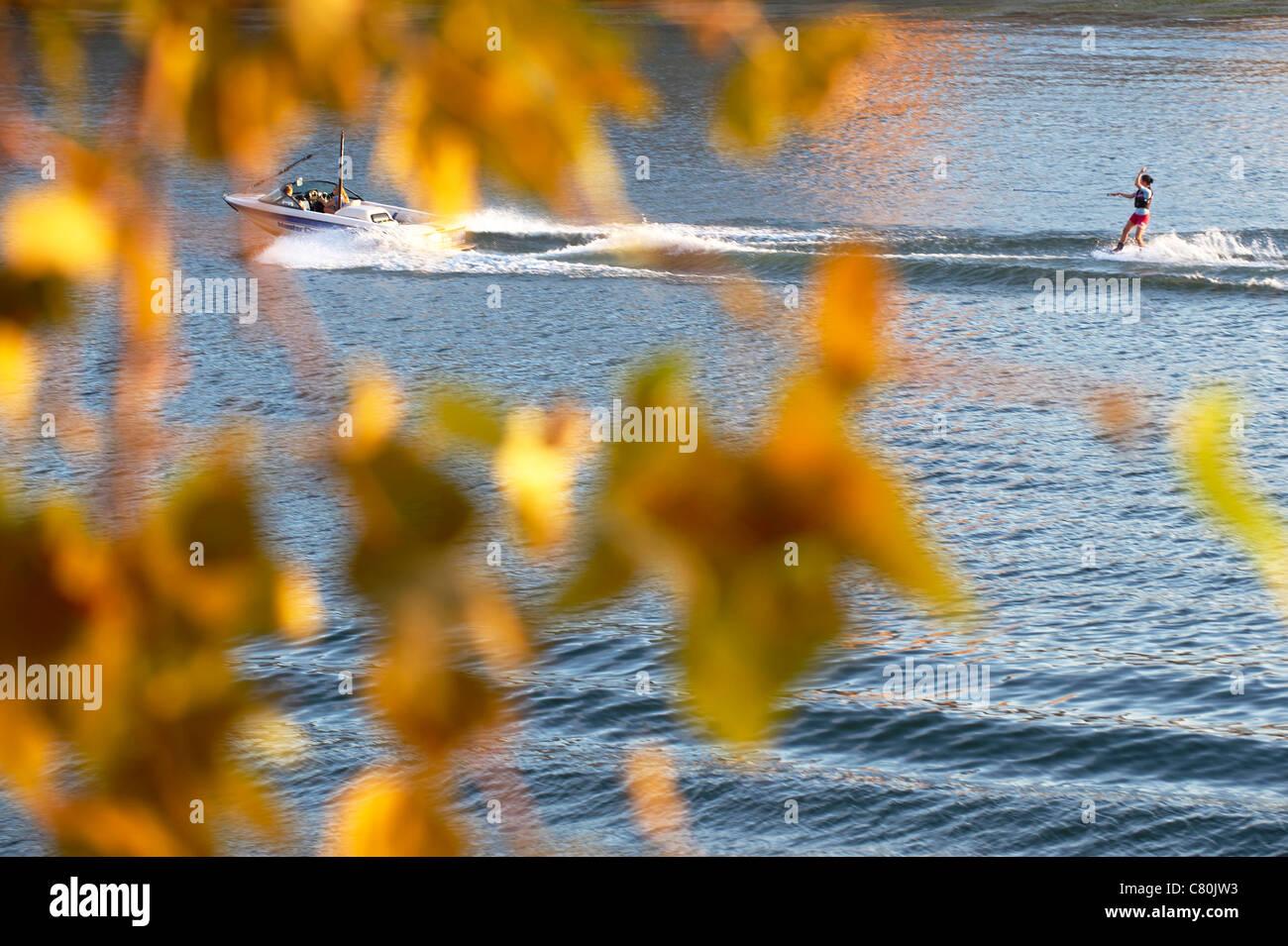 France, Haute-Garonne, Toulouse, Garonne River, Water Ski - Stock Image