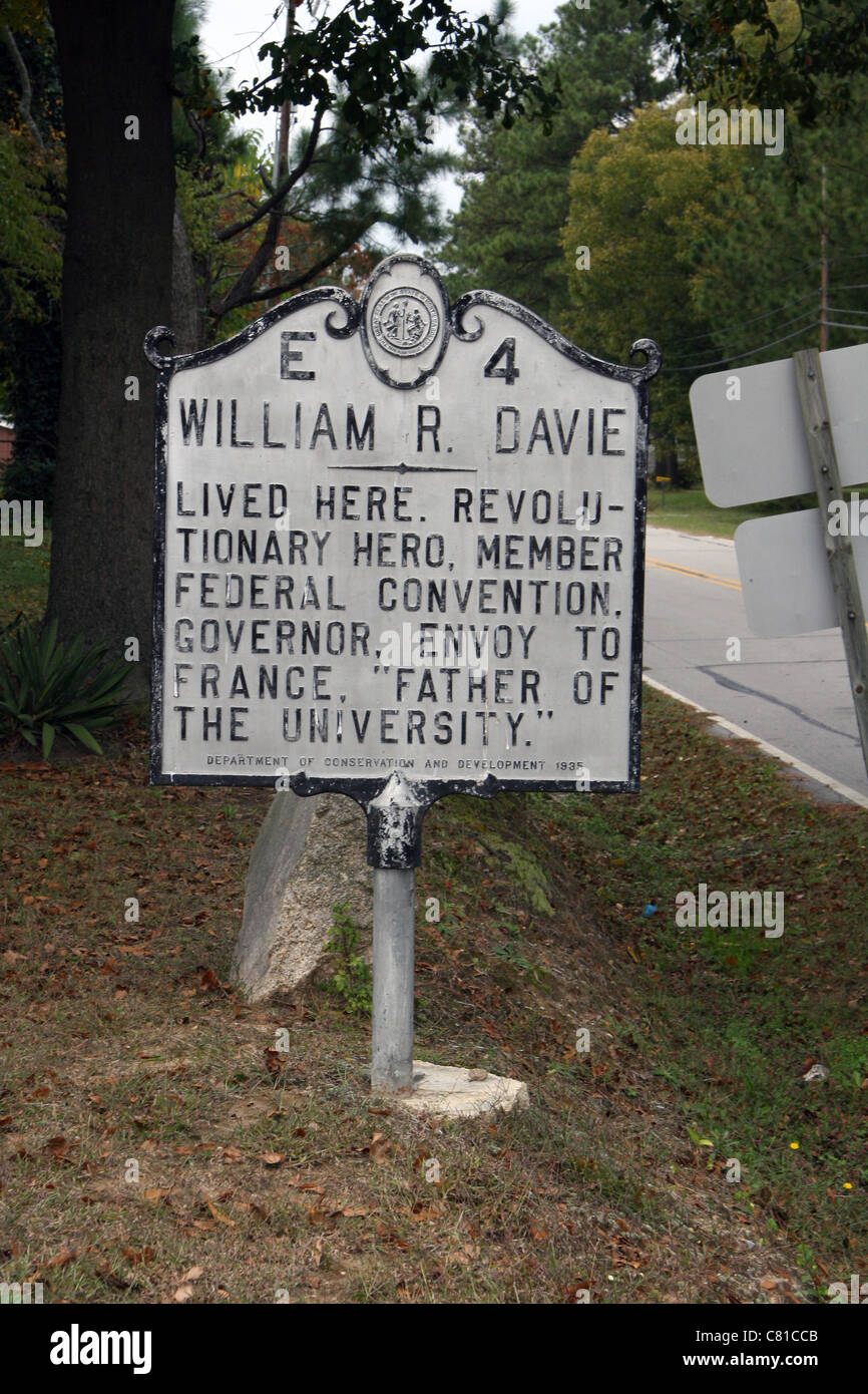 WILLIAM R. DAVIE Lived here. Revolutionary hero, member Federal Convention, governor, envoy to France, 'Father - Stock Image