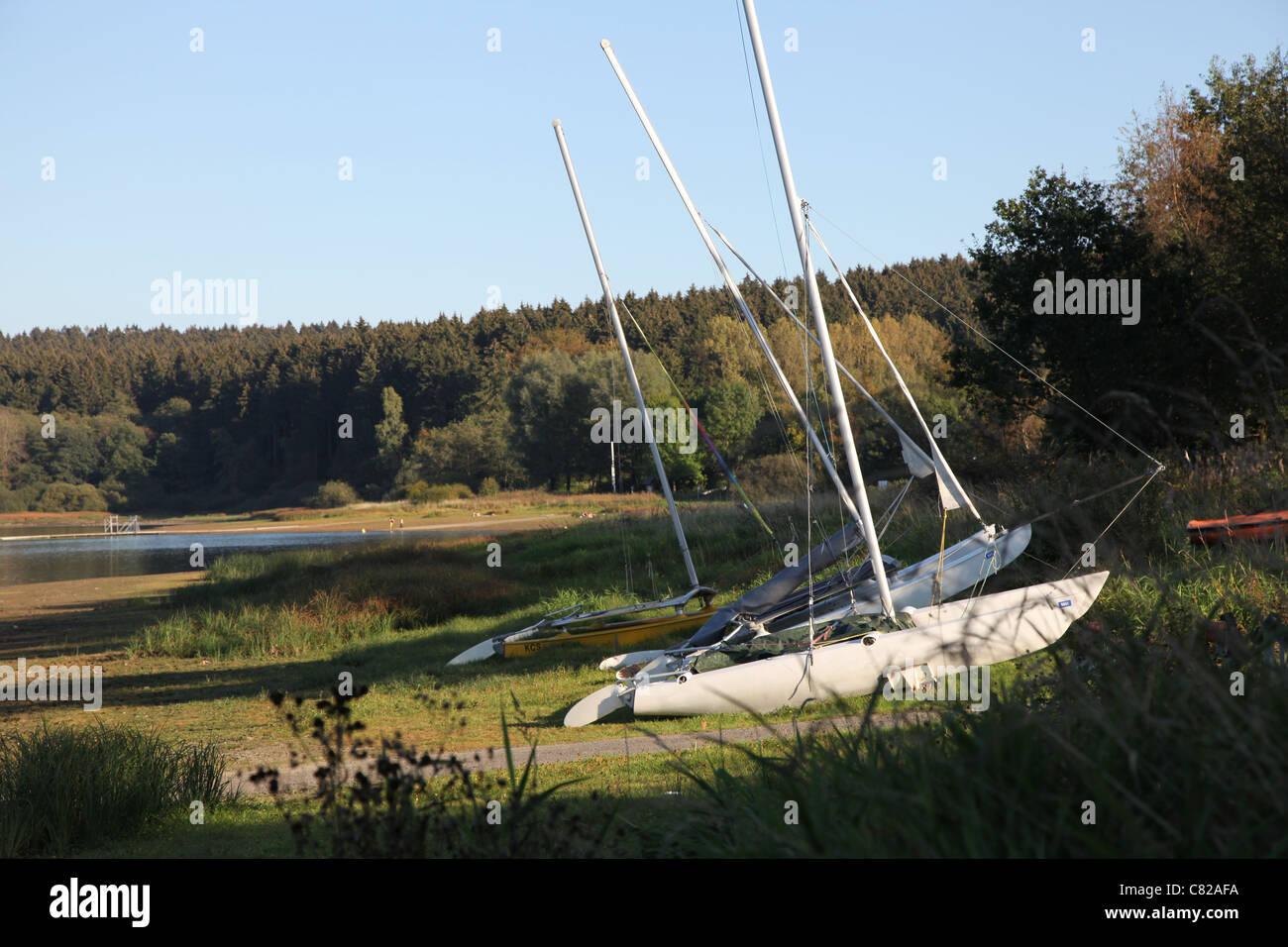 Brucher See mit Segelboot, Lake with sailingboat - Stock Image