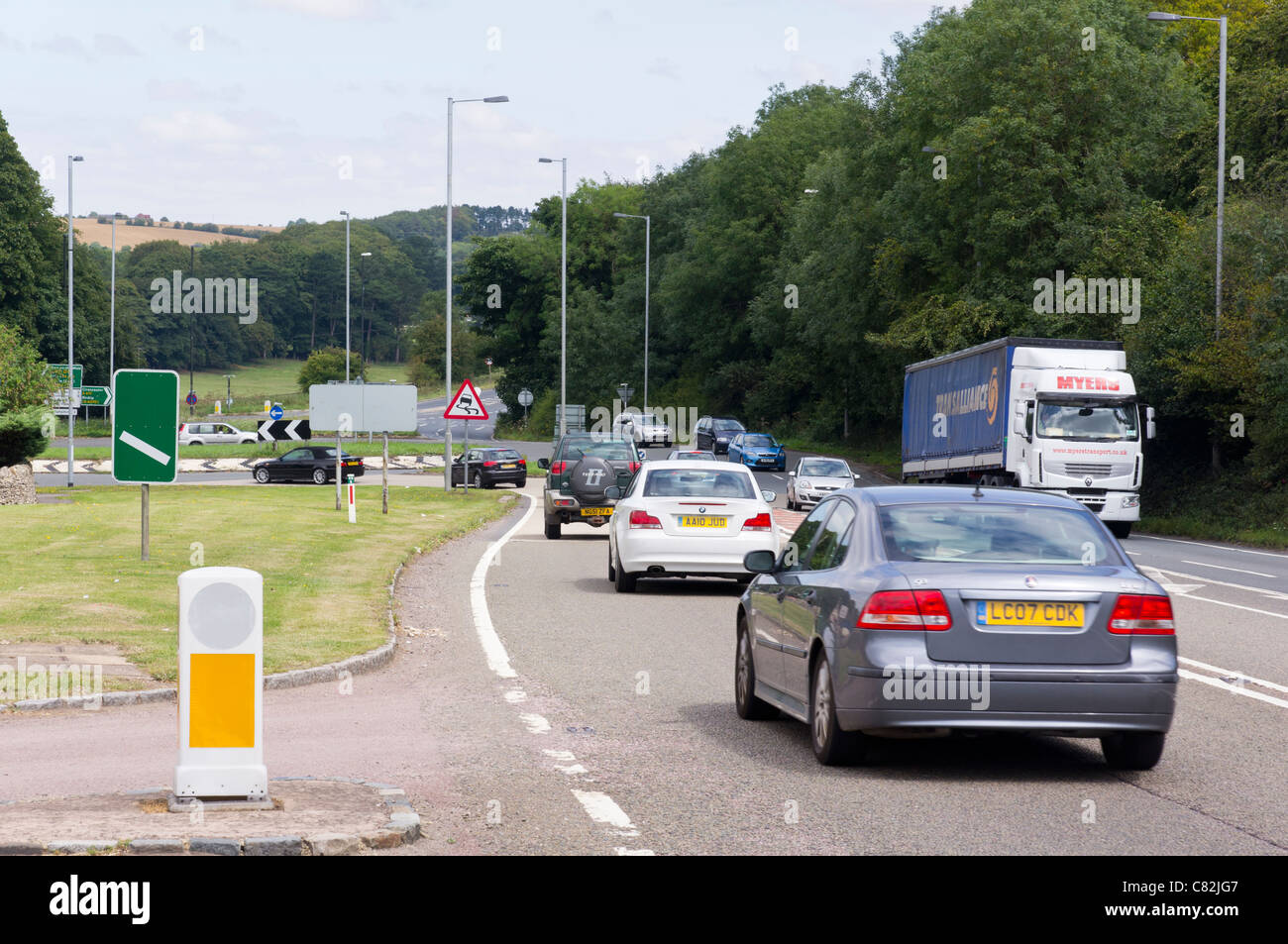Traffic congestion at the air balloon roundabout - Stock Image