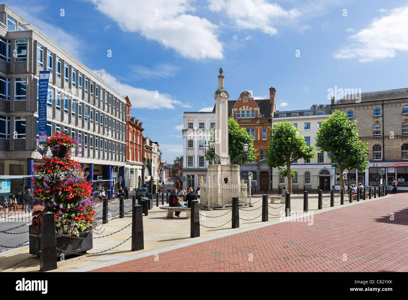 The Market Place in the city centre, Reading, Berkshire, England, UK - Stock Image