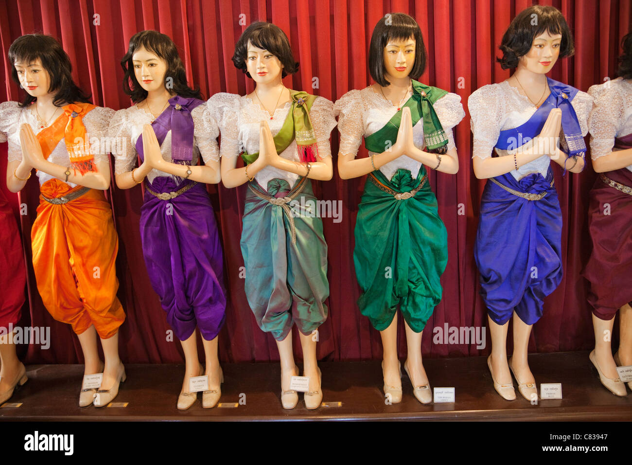 cambodian culture clothing
