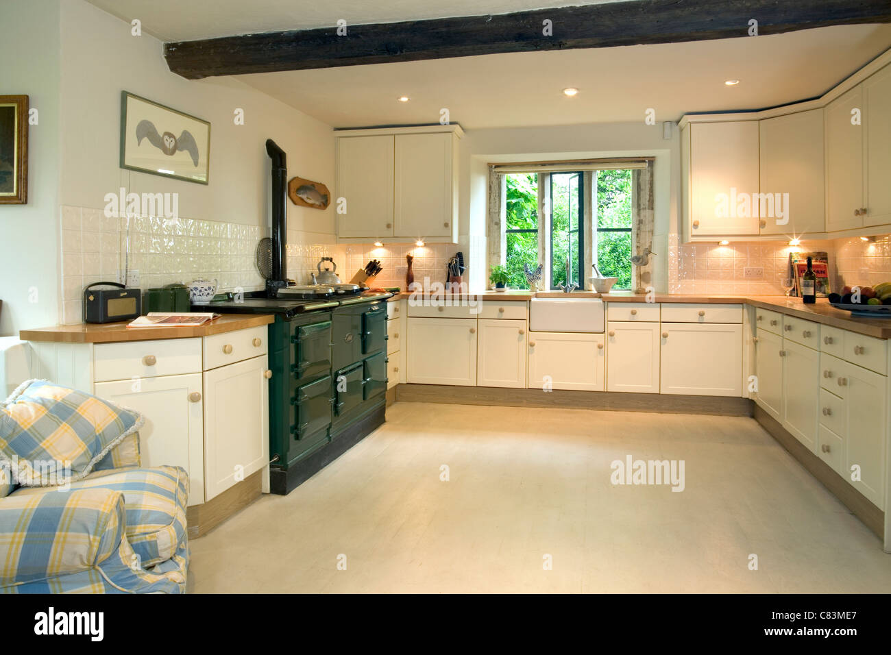 Contemporary Style Kitchen With Aga Cooker And Butlers Sink Stock Photo Alamy