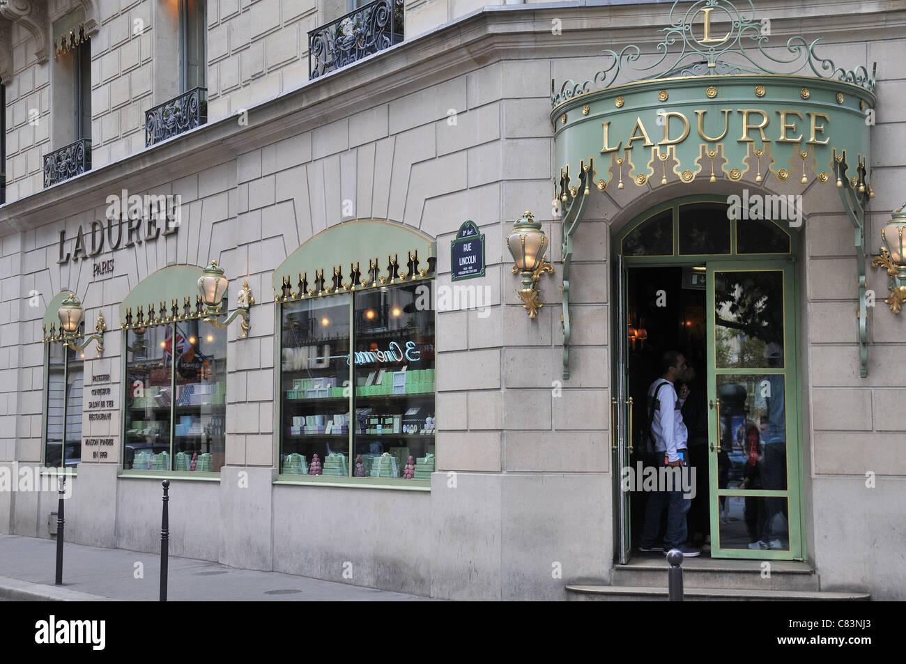 Laduree boutique Champs-Elysée Paris France - Stock Image