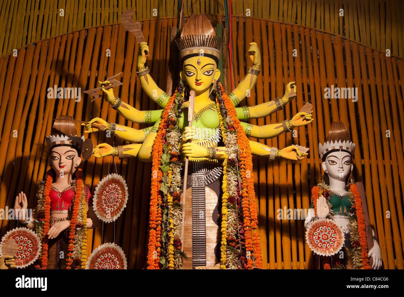 Depiction of Goddess Durga at 'Santoshpur Trikon Park Durgotsab Pujo Committee' in Kolkata (Calcutta), West - Stock Image