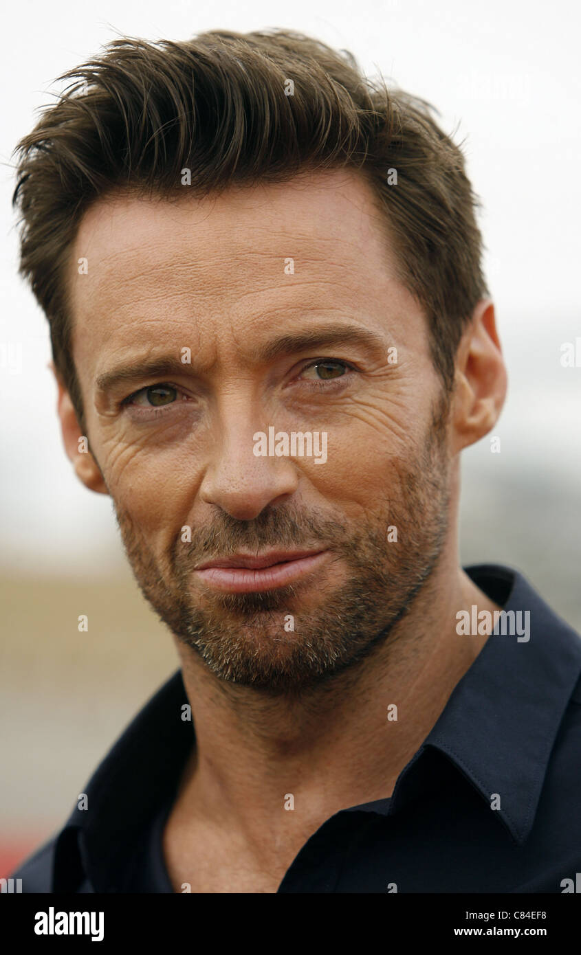 HUGH JACKMAN VIRGIN AMERICA UNVEILS DREAMWORKS PICTURES 'REAL STEEL' PLANE LOS ANGELES CALIFORNIA USA 23 - Stock Image