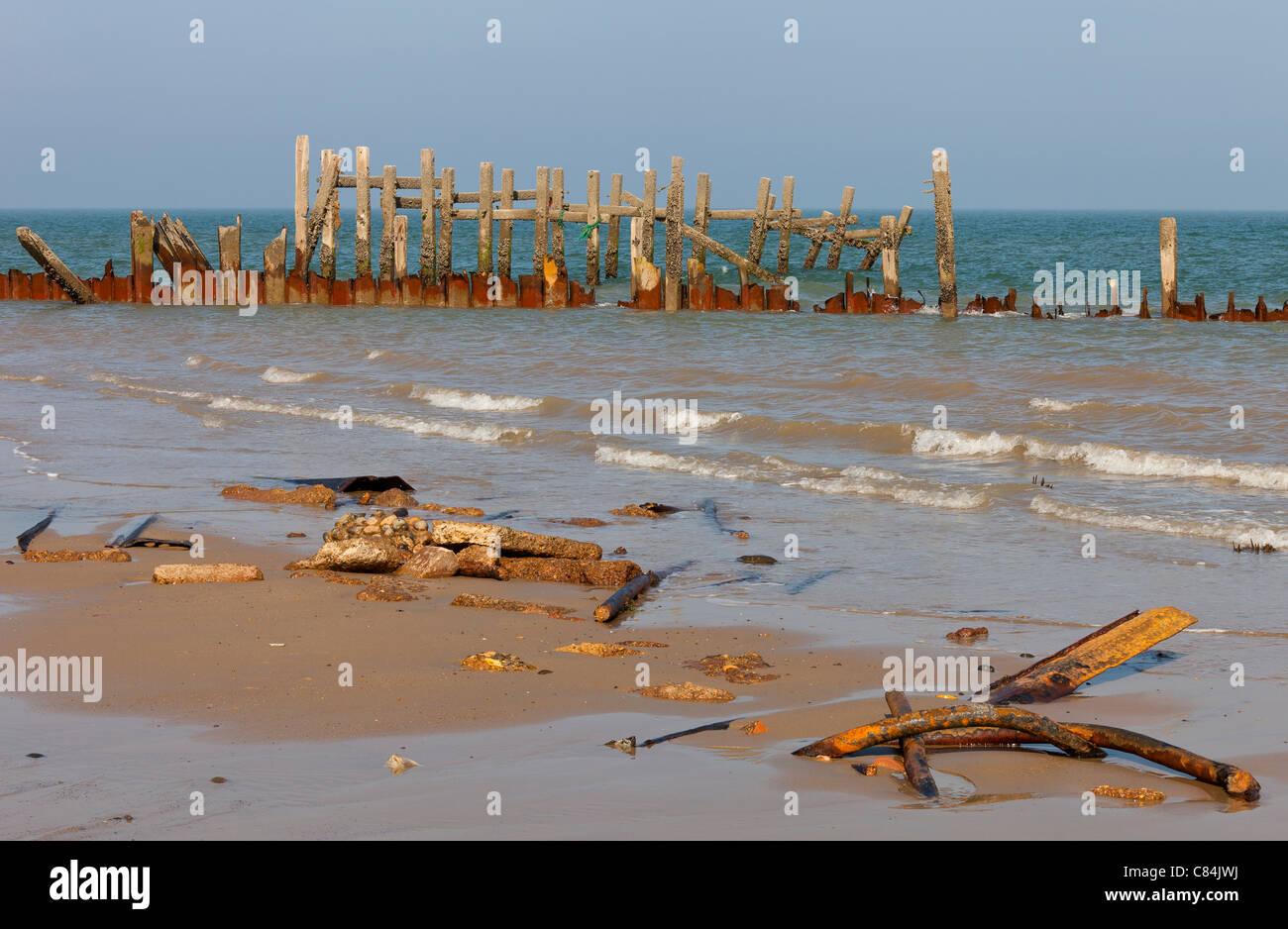 Broken Sea Defences on Happisburgh Beach in Norfolk England Stock ...