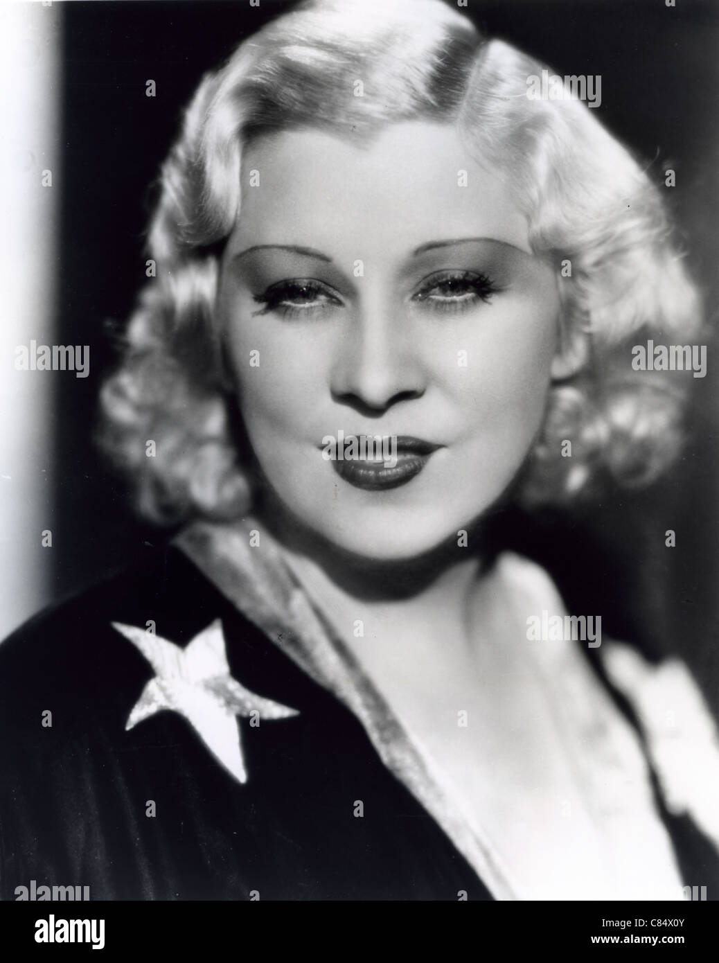 MAE WEST (1893-1980) US film actress - Stock Image