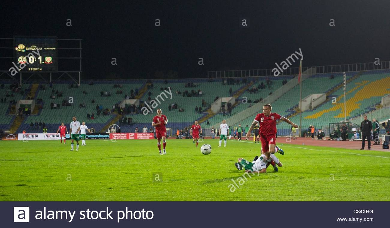 SOFIA, BULGARIA - Tuesday, October 11, 2011: Wales' Gareth Bale in action against Bulgaria in a near empty stadium - Stock Image