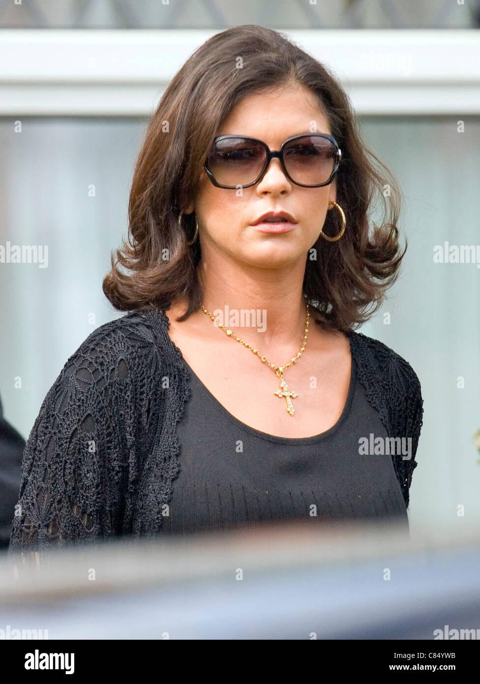 Catherine Zeta Jones attends the funeral of her Grandmother Zeta in Swansea, South Wales. - Stock Image