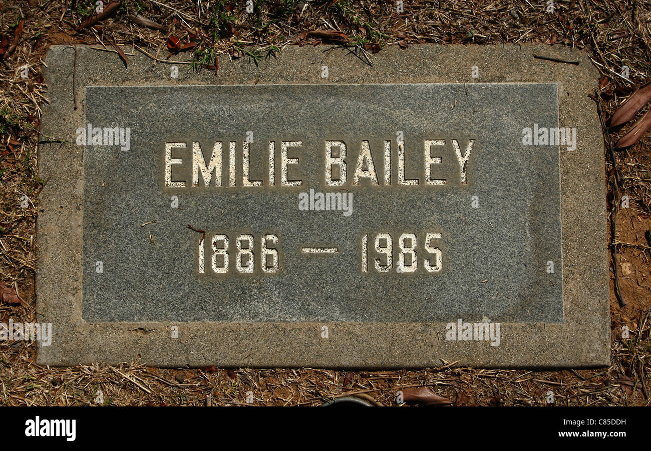 EMILIE BAILEY AKA 300 LB FAT LADY SHOWMEN'S REST AT THE EVERGREEN MEMORIAL PARK BOYLE HEIGHTS LOS ANGELES CALIFORNIA - Stock Image