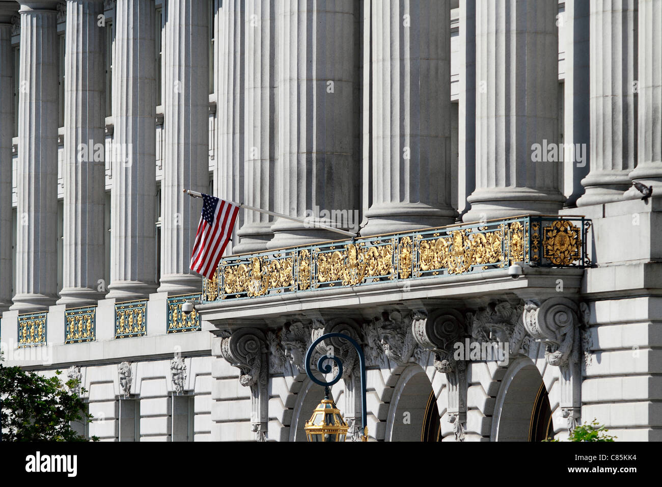 San Francisco's City Hall. The earlier (5th) l hall was destroyed in the 1906 earthquake. This hall was started - Stock Image