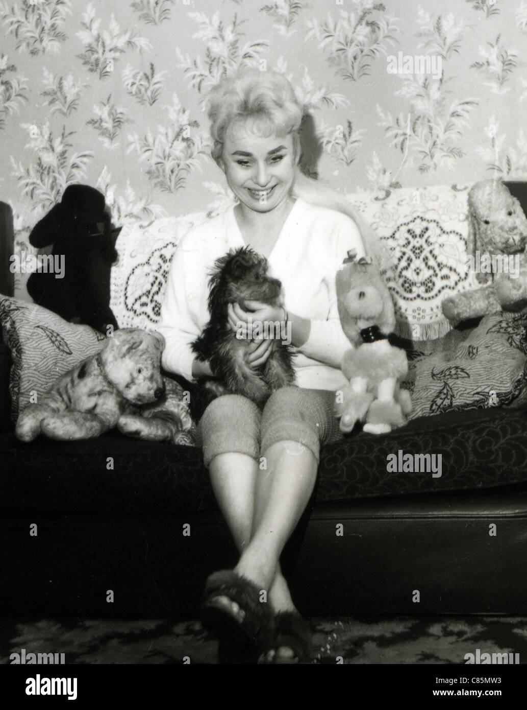 Barbara Windsor High Resolution Stock Photography And Images Alamy