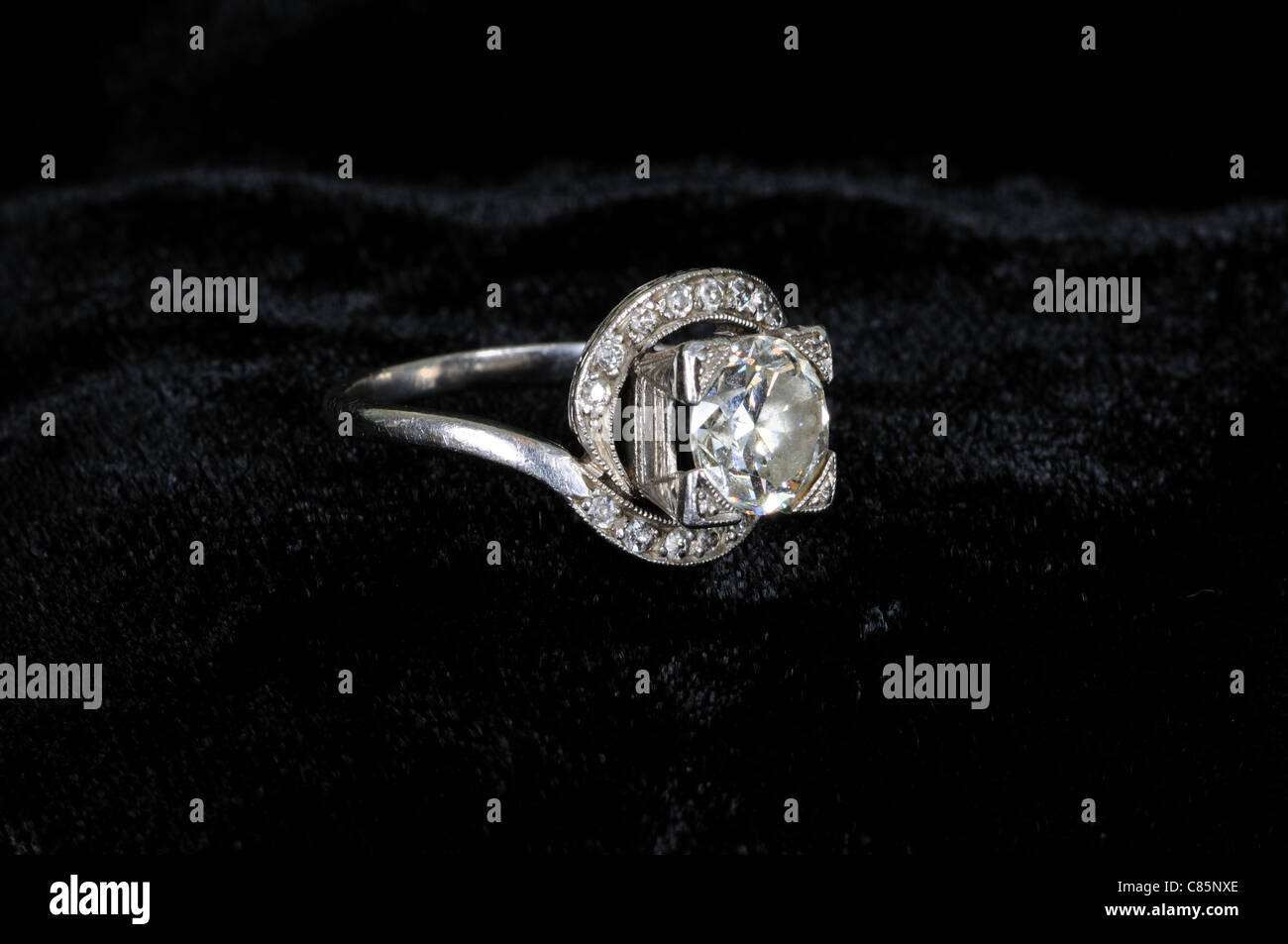 diamond platinum and a carat cut accents old single engagement ring deco european in products art with mine