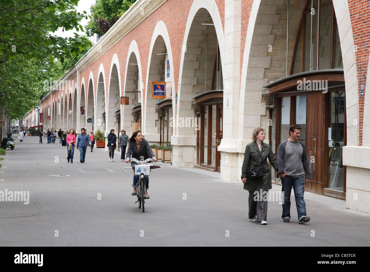 Le Viaduc des Arts, a former railway viaduct in Paris is now a garden walkway with galleries in its arches. Stock Photo