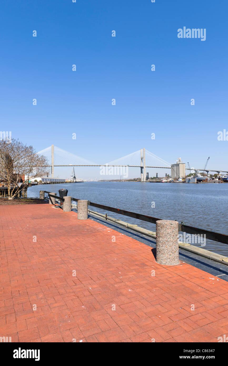 New Talmadge Memorial Bridge, Savannah - Stock Image