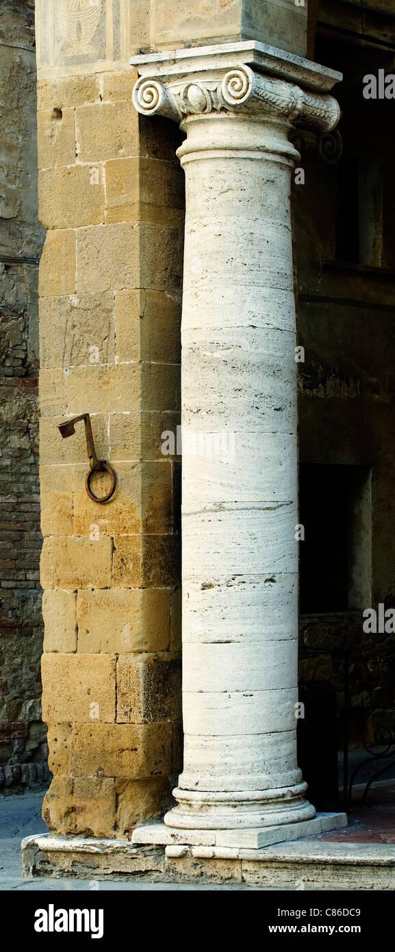 Pienza - Roman column / pillar - Tuscany - Italy - Stock Image