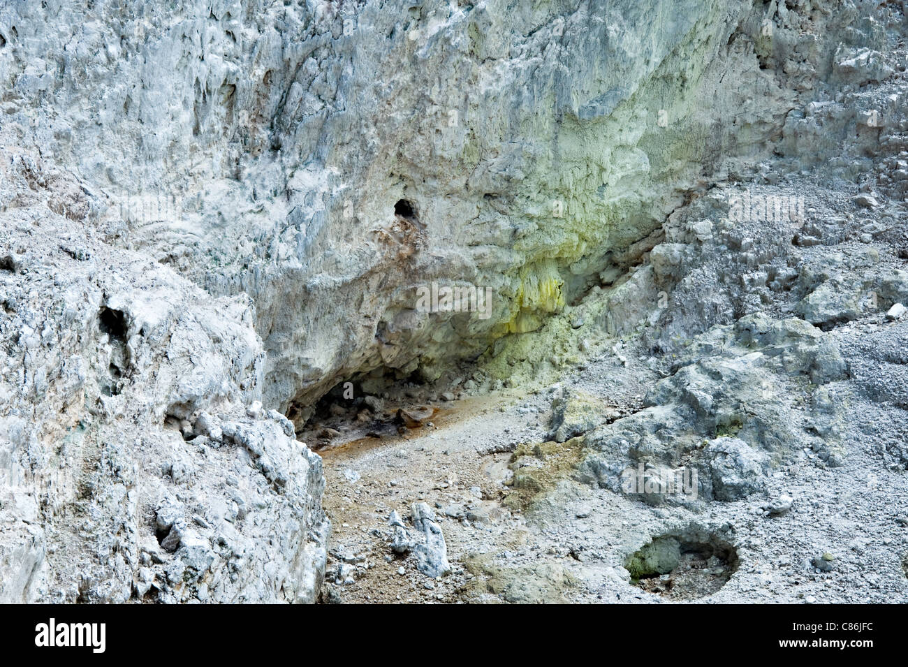 Sulphur Cave Walls and Vent Wai-O-Tapu Thermal Wonderland Rotorua North Island New Zealand NZ - Stock Image