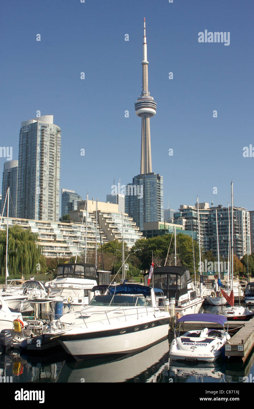 The CN Tower viewed over the marina along Toronto's Harbour Front - Stock Image