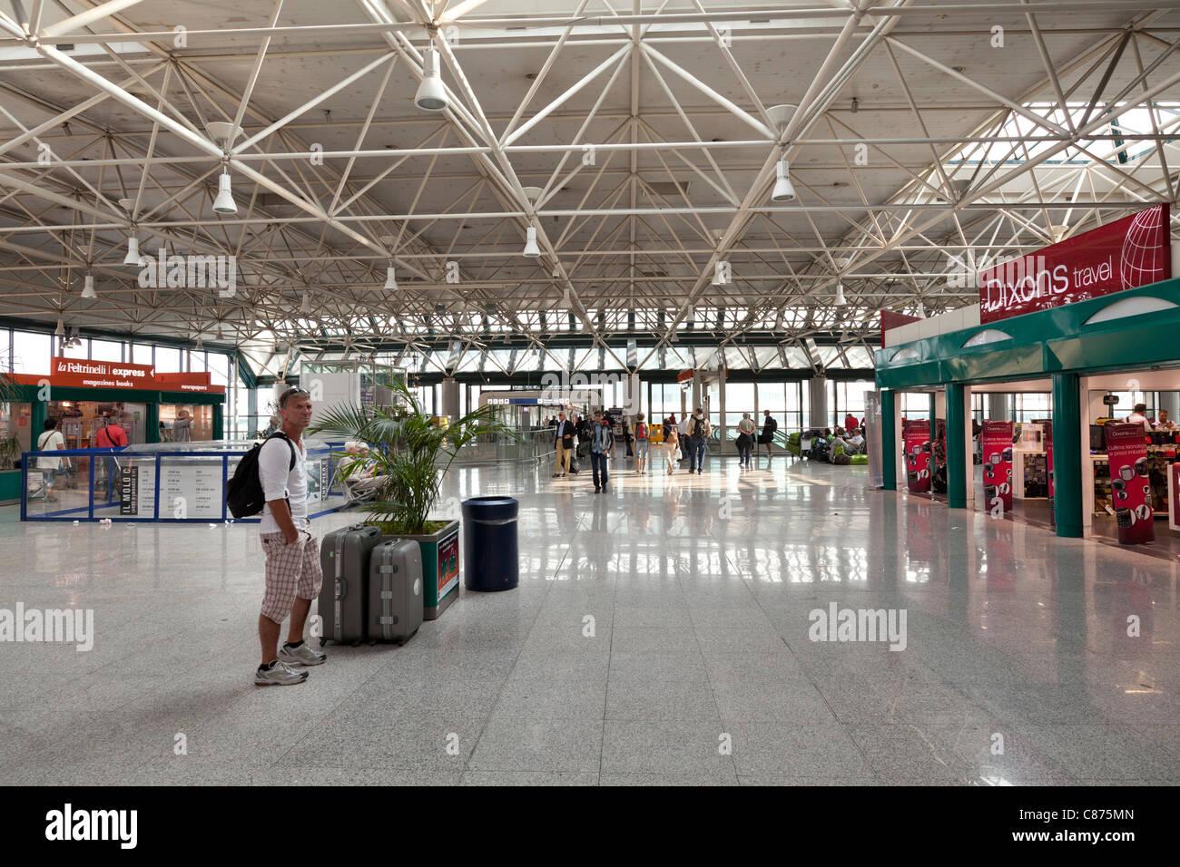 Rome Fiumicino Leonardo da Vinci airport terminal 3 interior - Stock Image