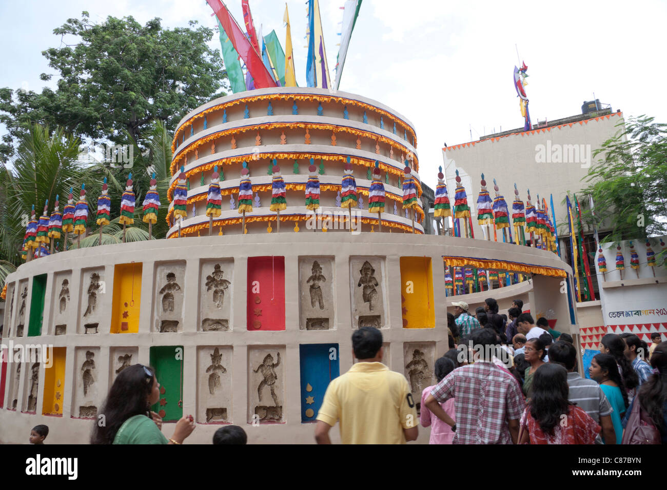 Pandal stock photos pandal stock images alamy devotees at telengabagan durga puja pandal kolkata calcutta west bengal thecheapjerseys Images