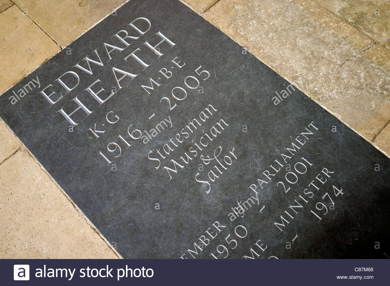 Memorial plaque for Edward Heath, who's ashes were interred in Salisbury Cathedral in Wiltshire, UK. Stock Photo