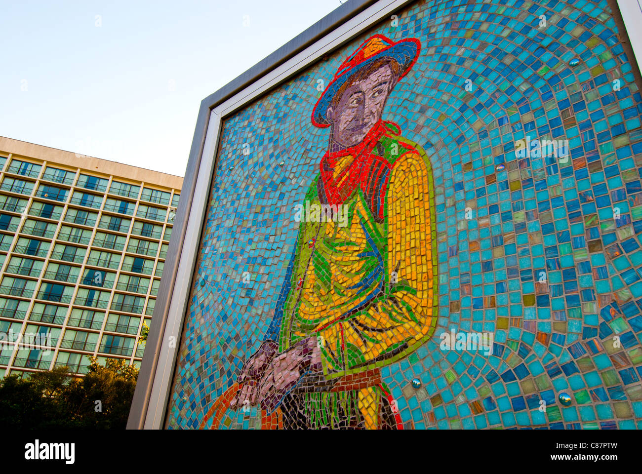 'Will', a 4-by-7 ft mosaic mural of Will Rogers by Linda Allen in Williams Center Green in downtown Tulsa, - Stock Image