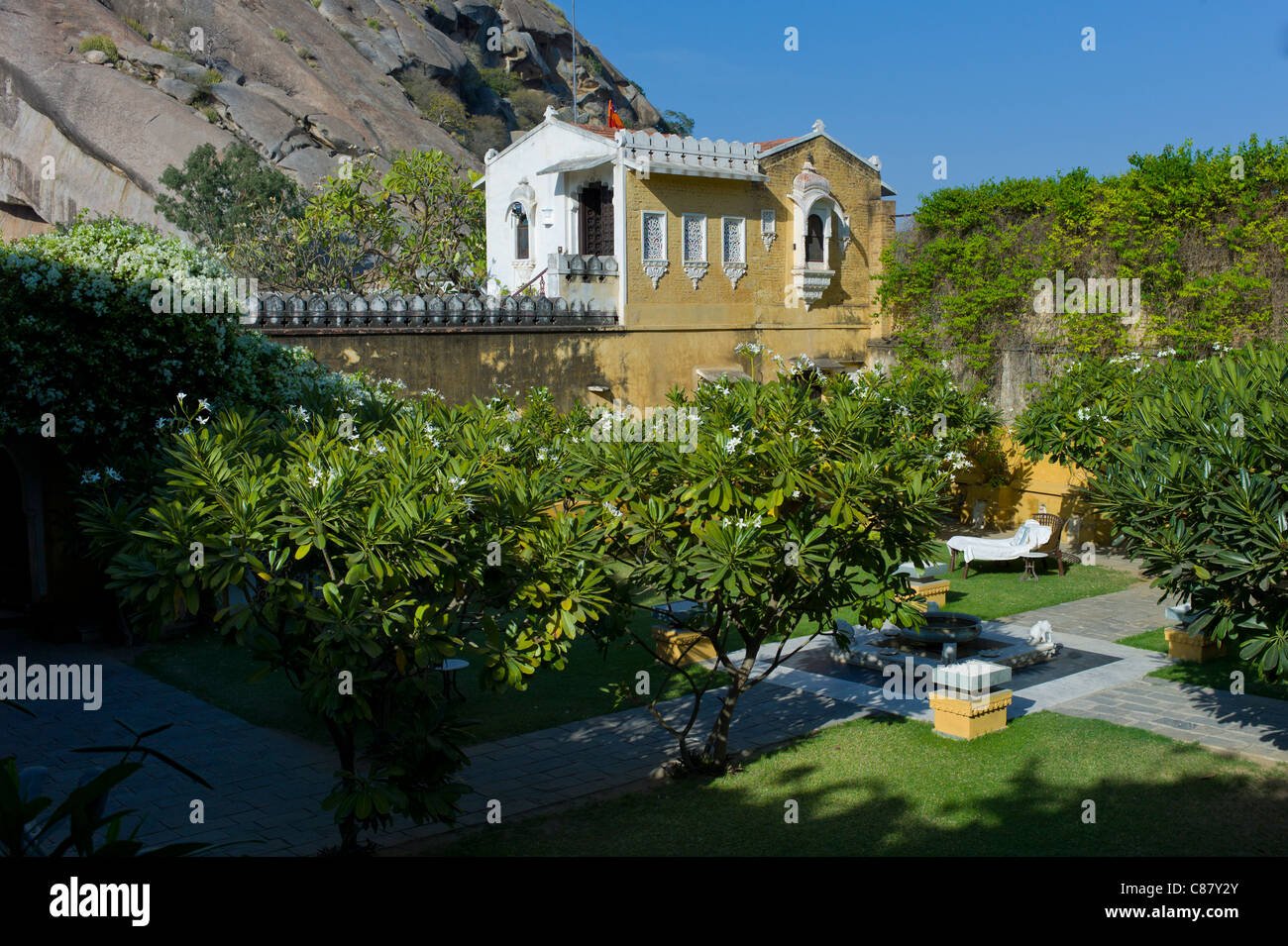 Rawla Narlai, 17th Century merchant's house now a luxury heritage hotel in Narlai, Rajasthan, Northern India - Stock Image