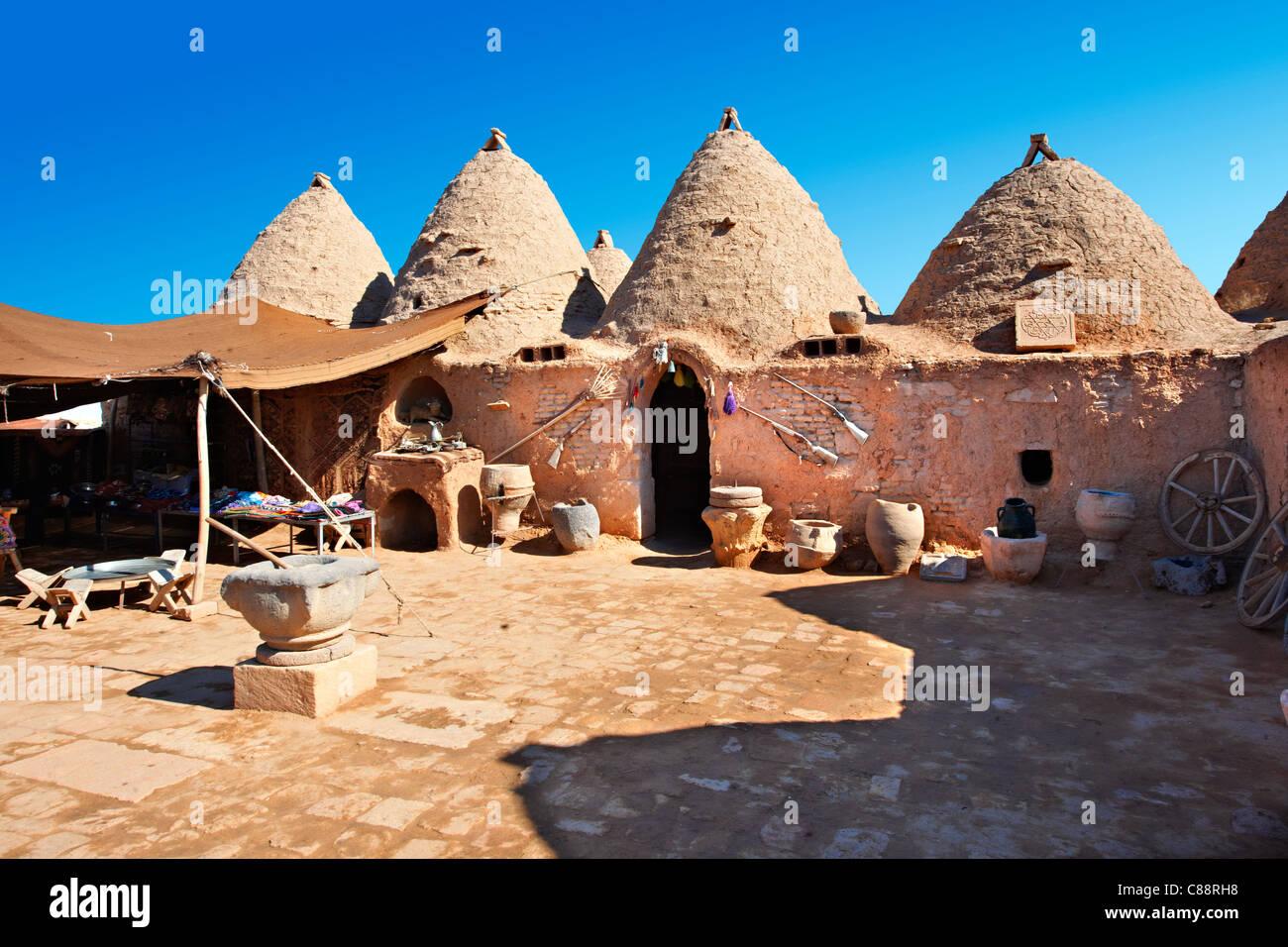 Harran Turkey beehive houses adobe - Stock Image