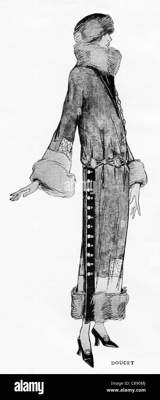 Fashion illustration circa 1922 garment by French designer Jacques Doucet (1853–1929) - Stock Image
