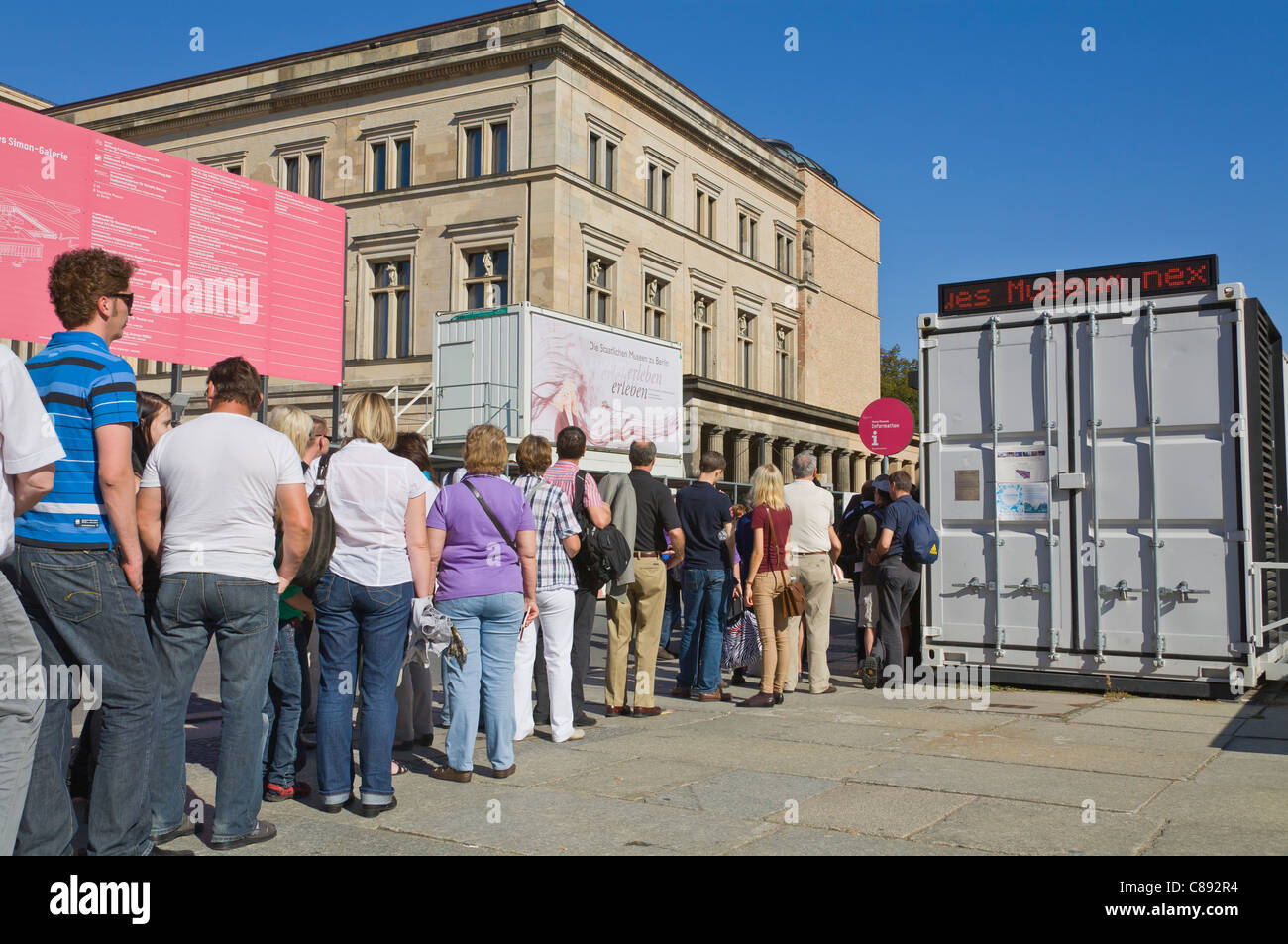 """visitors queuing in front of the Museum """"Neues Museum"""" at """"Museum Island"""", Mitte, Berlin, Germany, Europe Stock Photo"""
