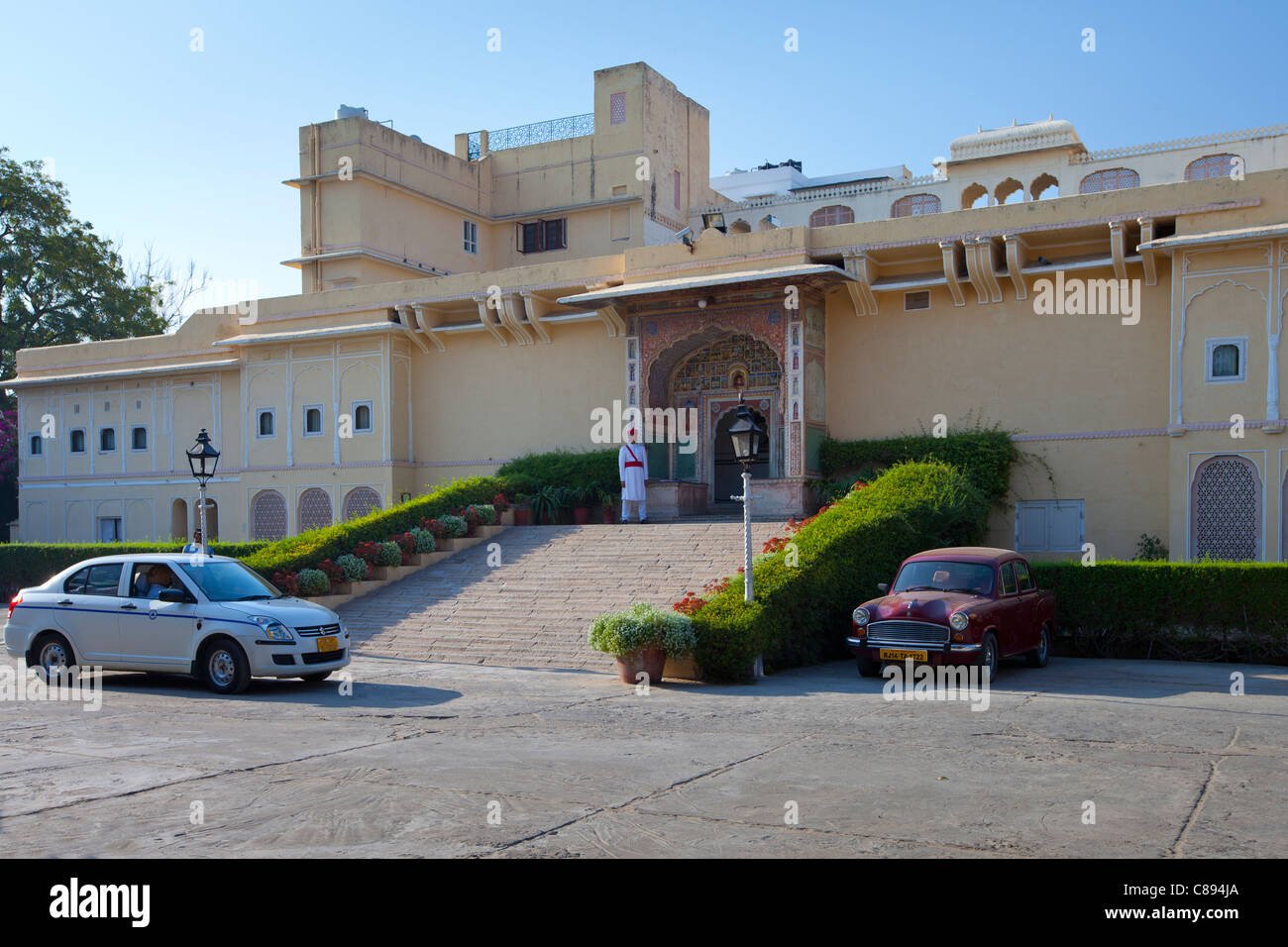 Ceremonial Guard at Samode Haveli luxury hotel, former merchant's house, in Jaipur, Rajasthan, Northern India - Stock Image