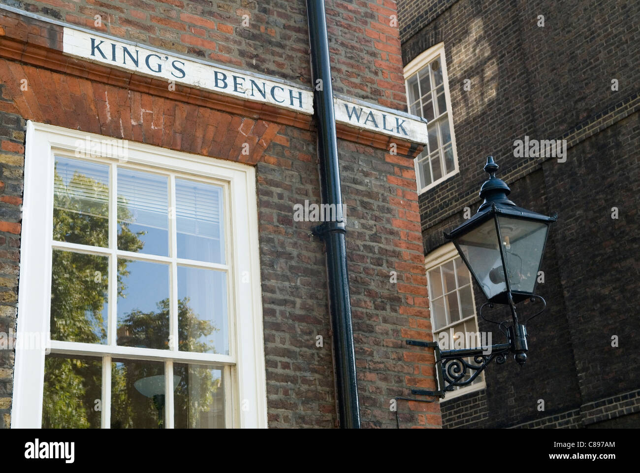 Kings Bench Walk. Inner Temple, Inns of Court, London UK . HOMER SYKES - Stock Image