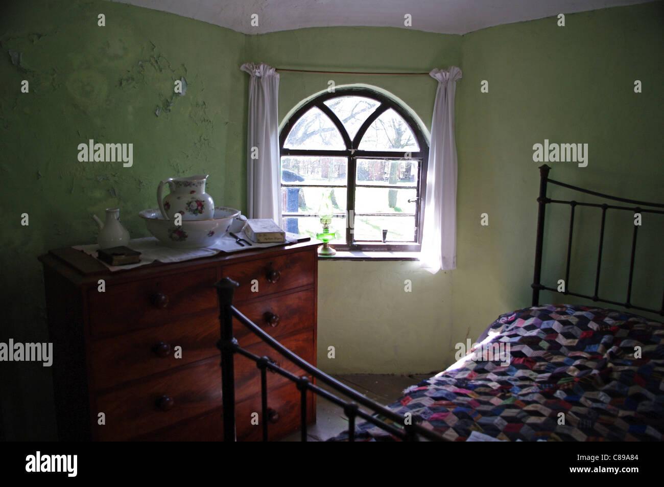 Inside tollhouse bedroom, Avoncroft Museum of Buildings, Bromsgrove - Stock Image