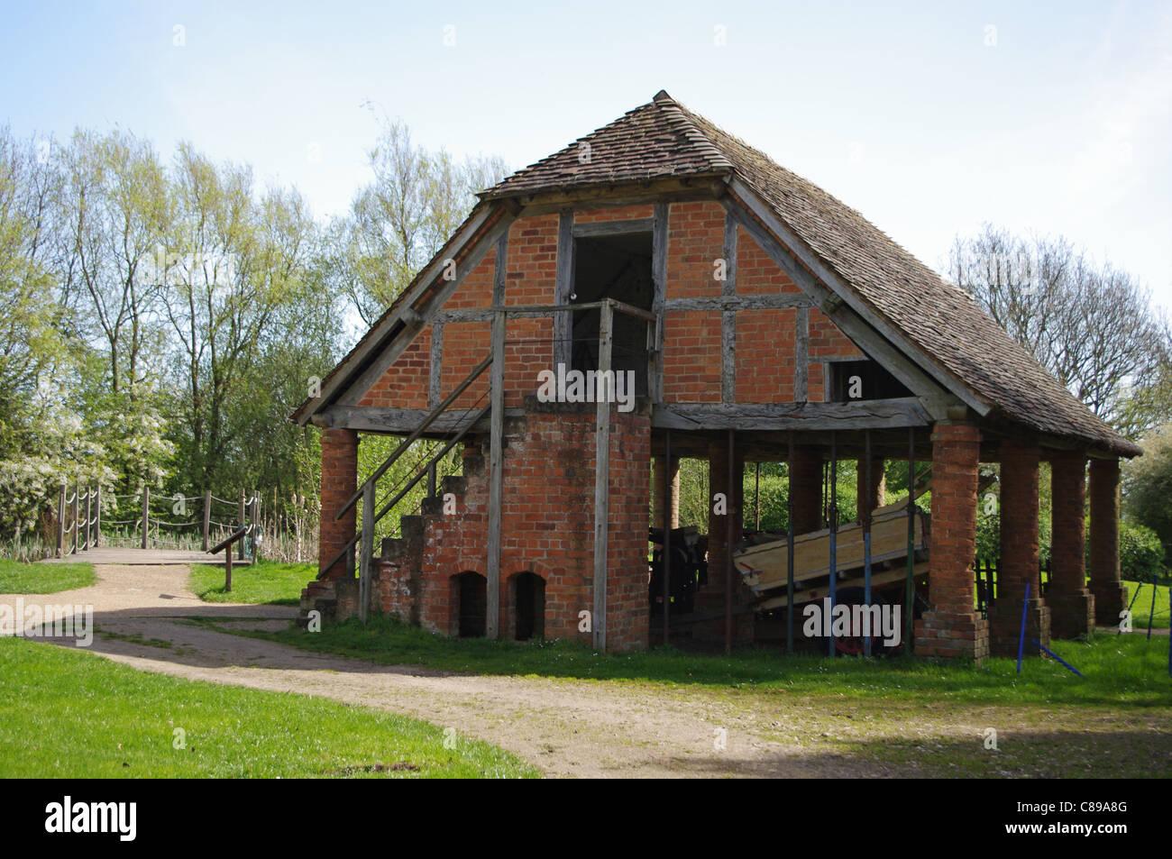 The granary, Avoncroft Museum of Buildings, Bromsgrove - Stock Image