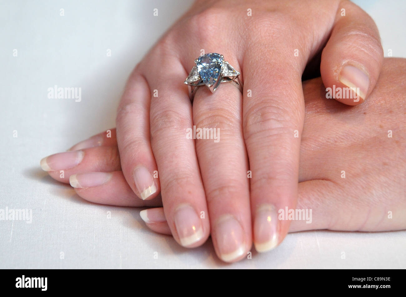 Old Couple Family Ring Stock Photos & Old Couple Family Ring Stock ...