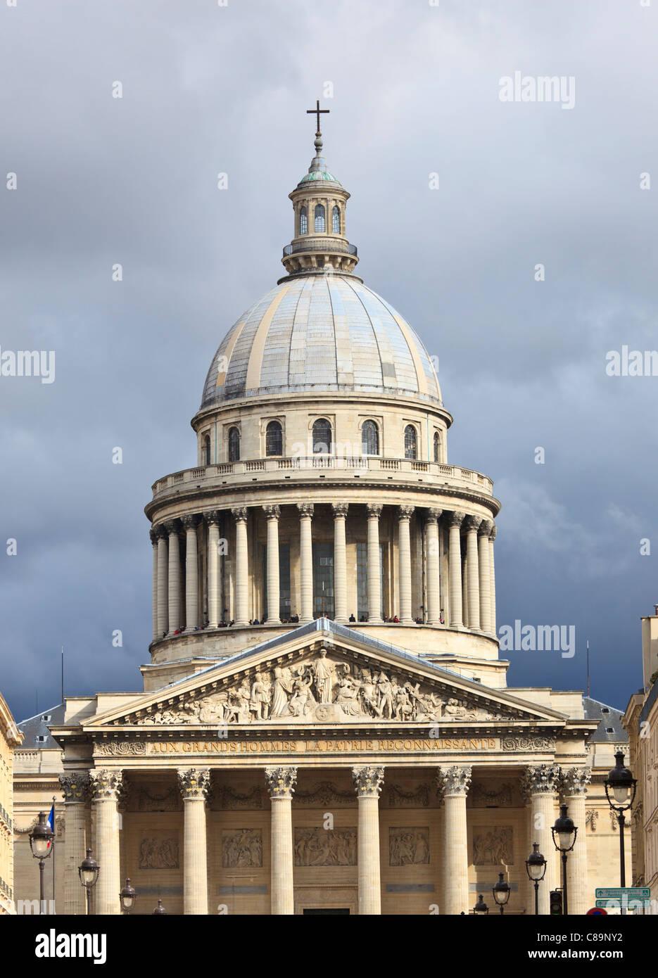 Teleshot of a fragment of Pantheon, famous parisian sightseeing - Stock Image