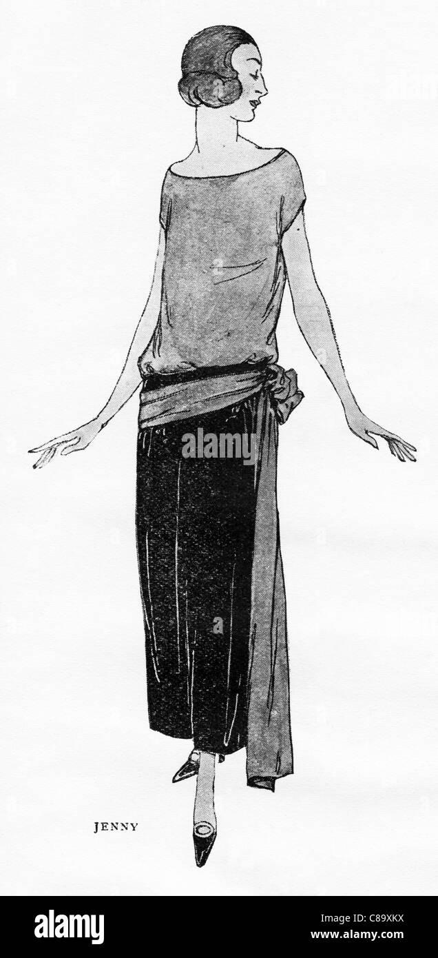 Fashion illustration circa 1922. Slim frock of rose and black velvet by French designer Jenny - Jeanne Adele Bernard - Stock Image