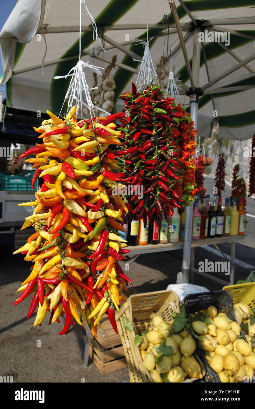 Hanging Chilis Stock Photos & Hanging Chilis Stock Images - Alamy