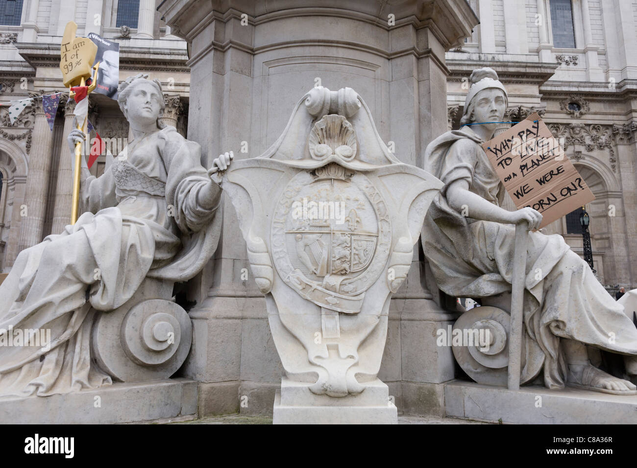 The Occupy London protest enters it's third day with the setting up of a tent city in St. Paul's Churchyard, - Stock Image