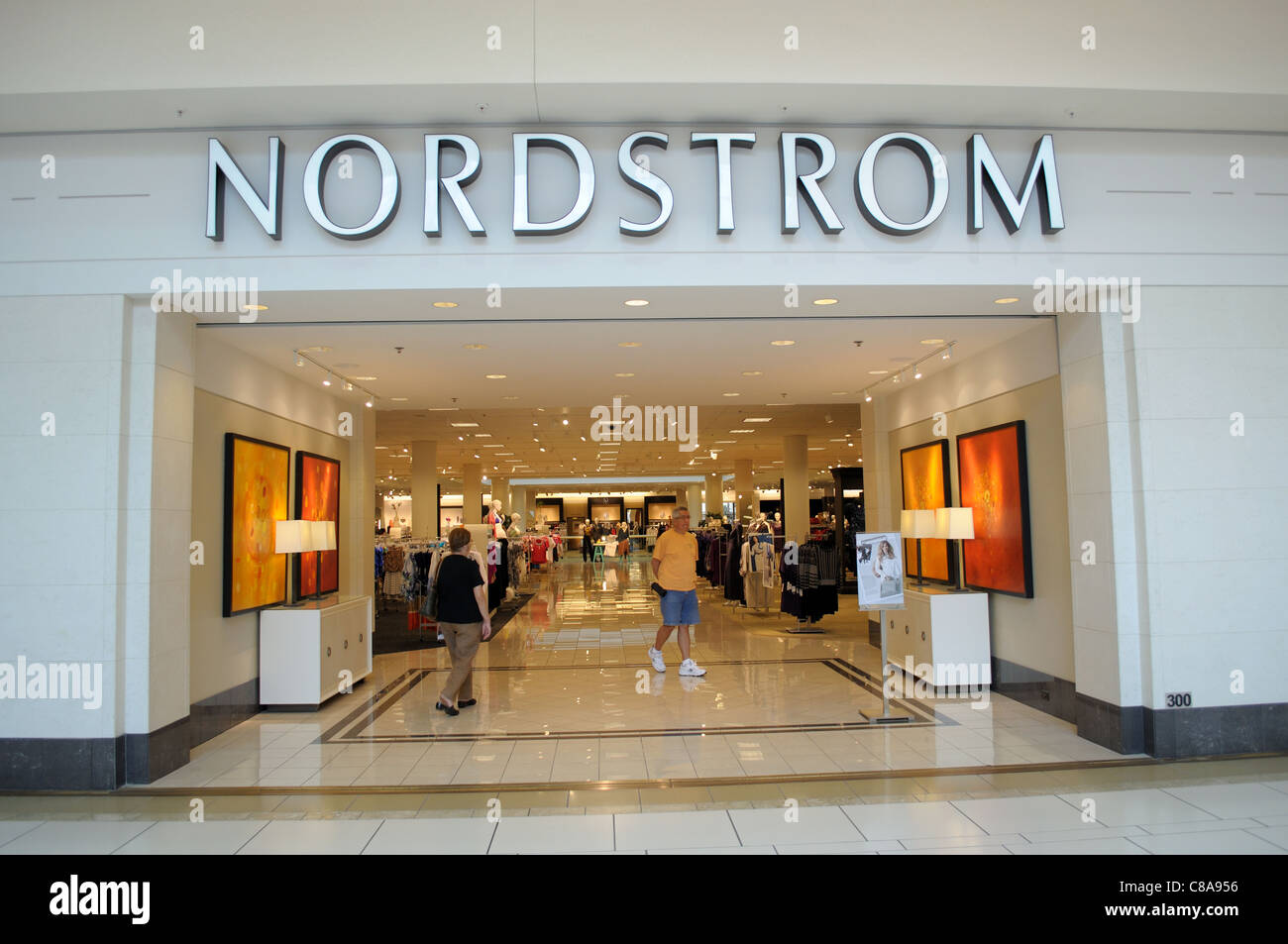 Nordstrom store in shopping mall Stock Photo: 39564706 - Alamy