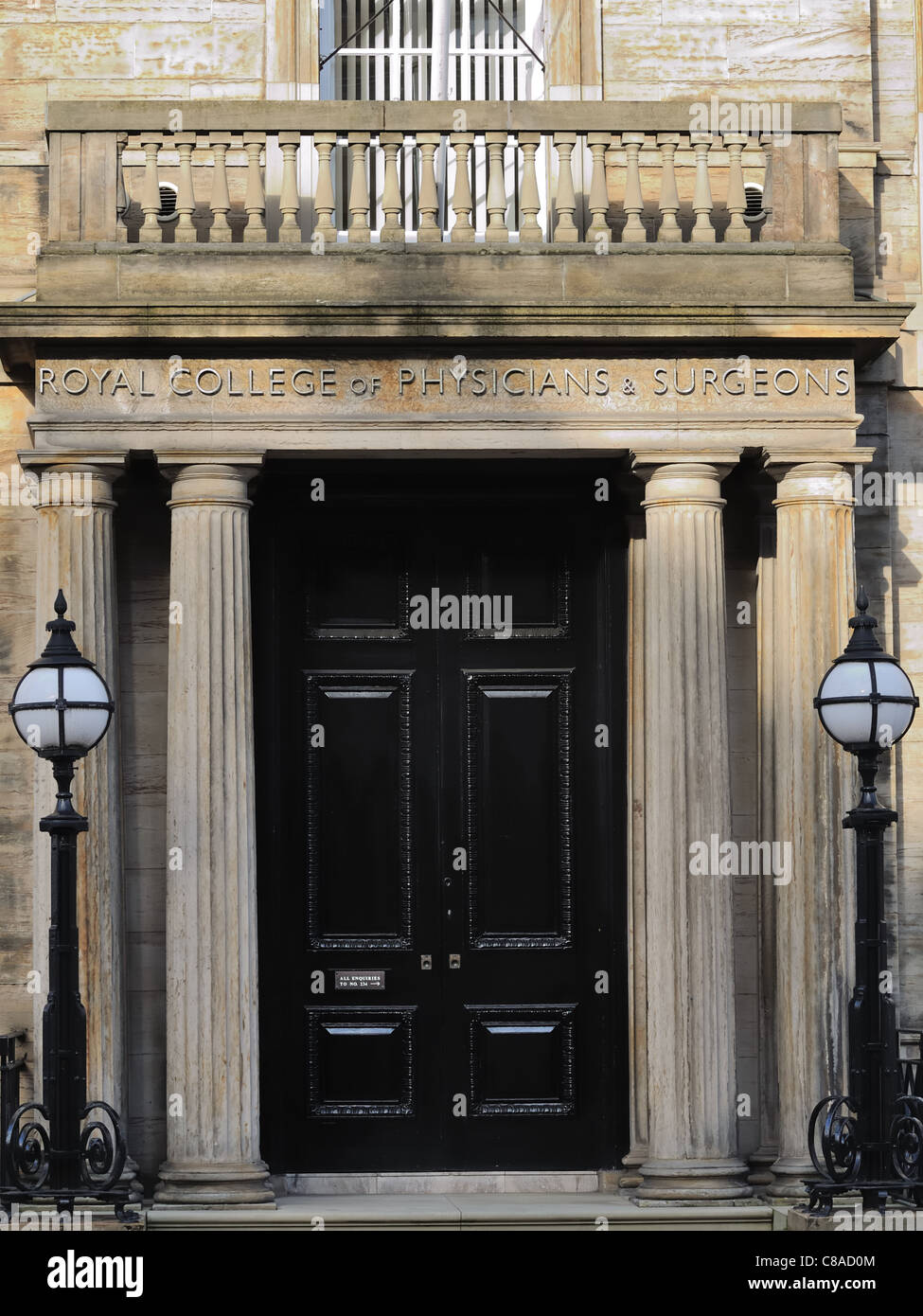 Entrance to the Royal college of physicians and surgeons, Scotland - Stock Image