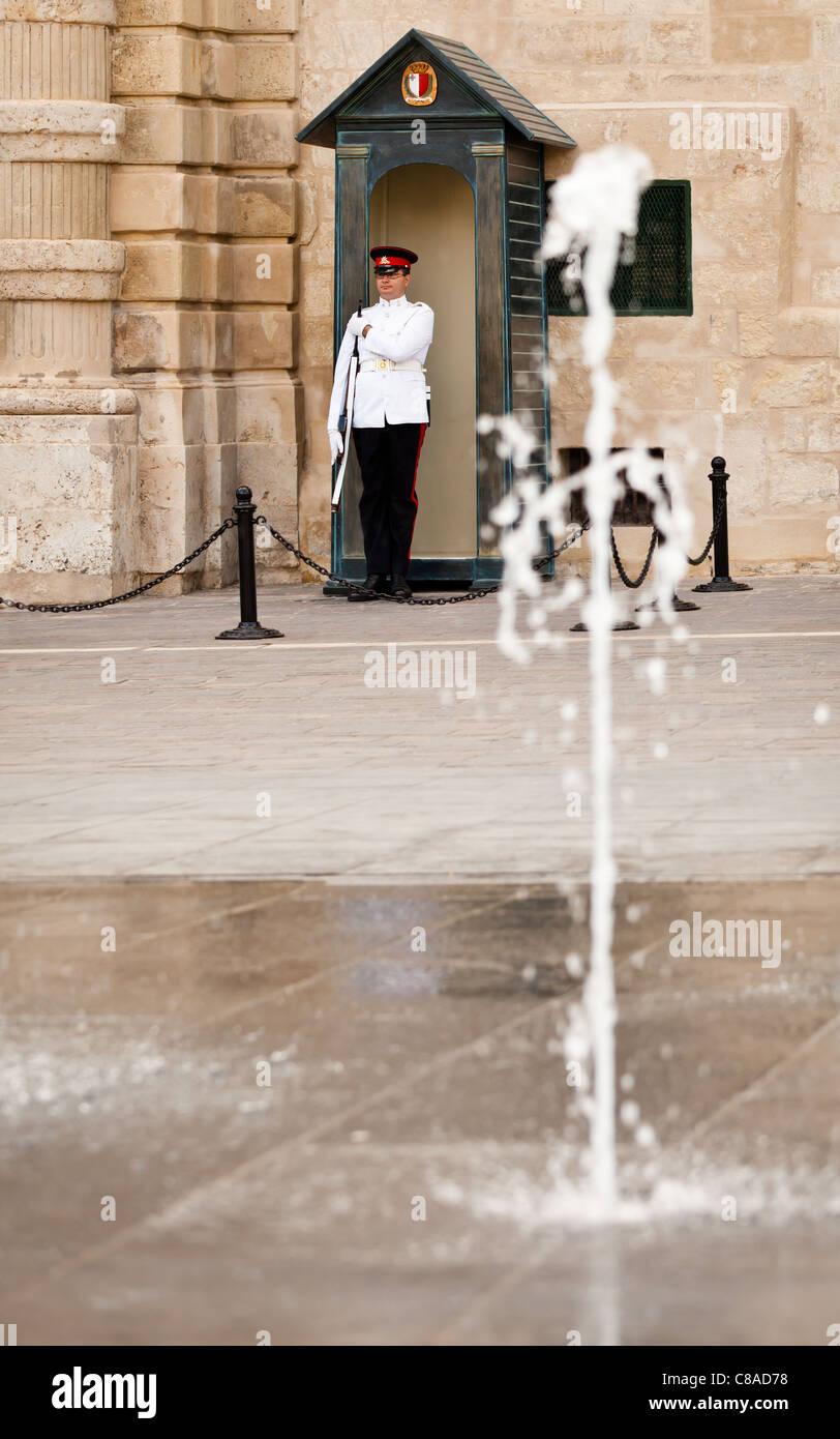 Guard at Grand Masters Palace, Valletta, Malta - Stock Image