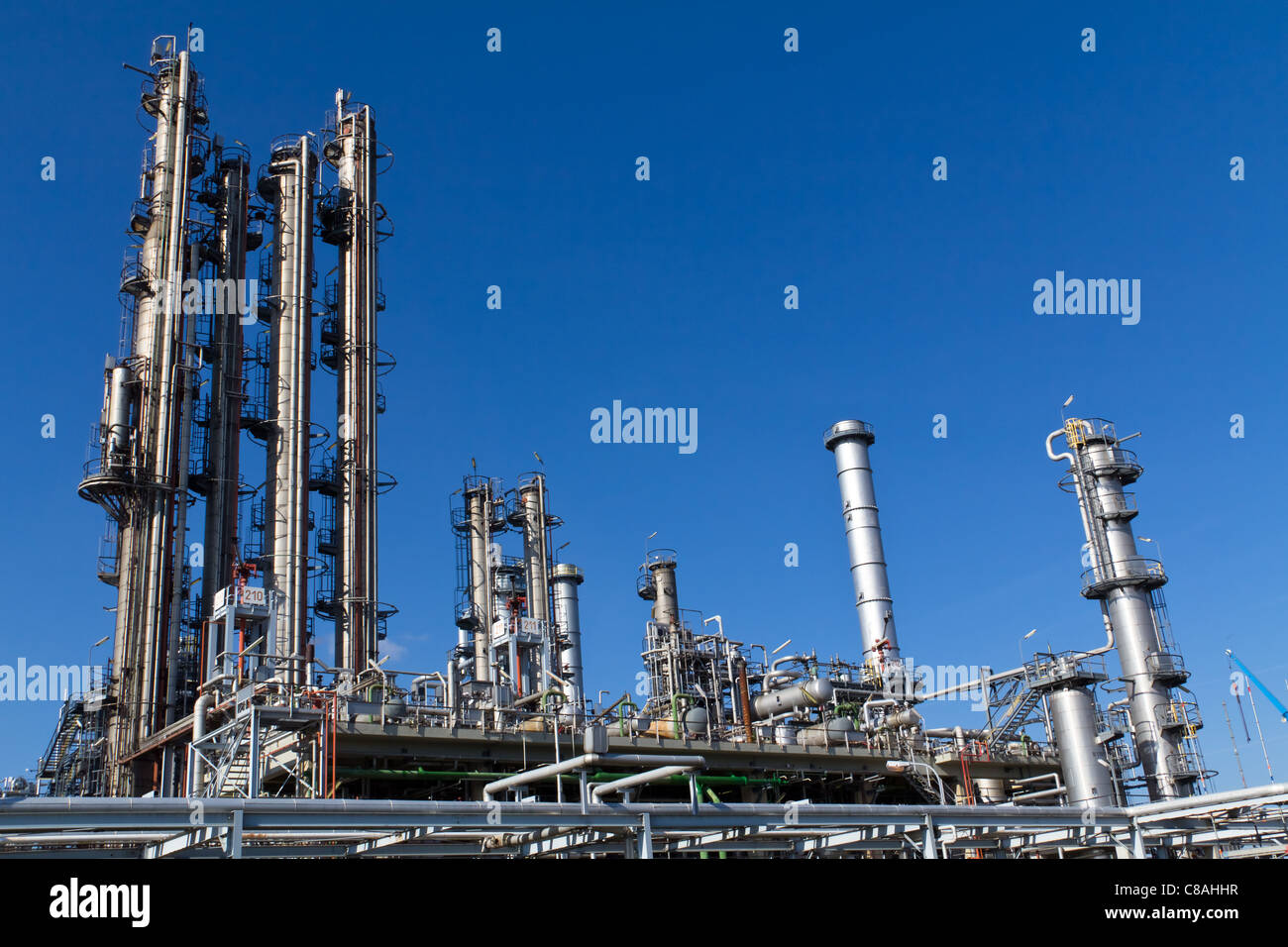 A site of an currently inactive refinery close to Vienna - Stock Image