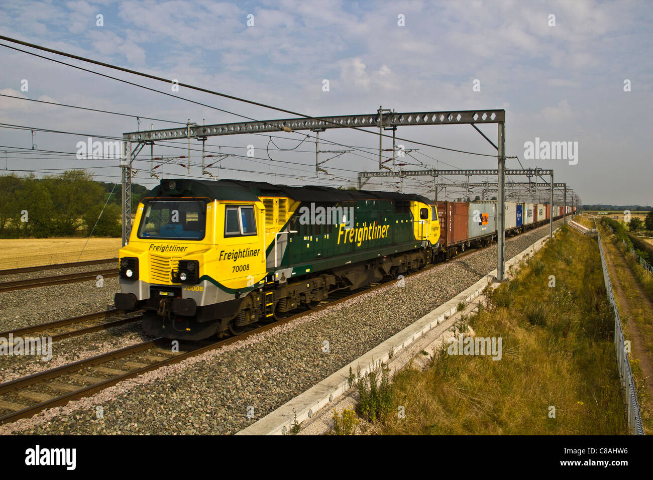 Freightliner intermodal class 70 70008 passes Comberford, Tamworth, Staffordshire with a Manchester to Felixstowe - Stock Image