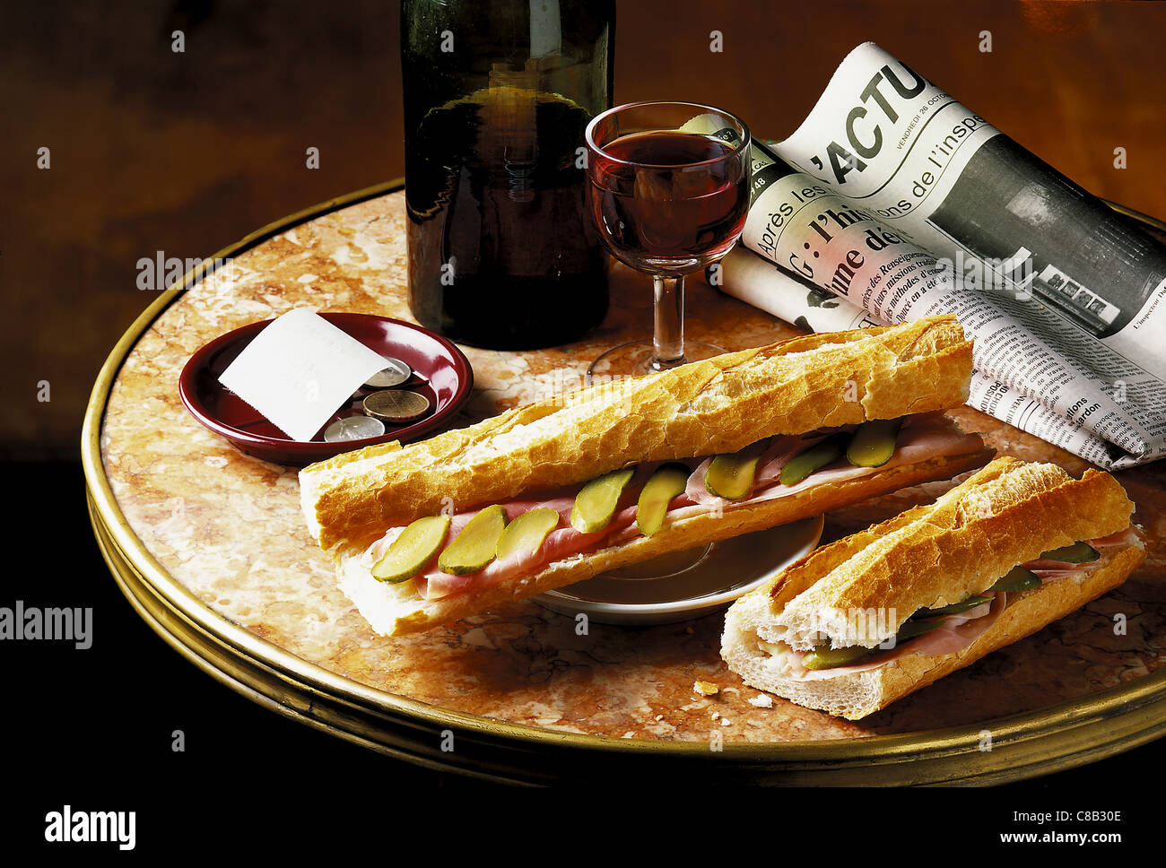 bistrot baguette ham sandwich with red wine - Stock Image