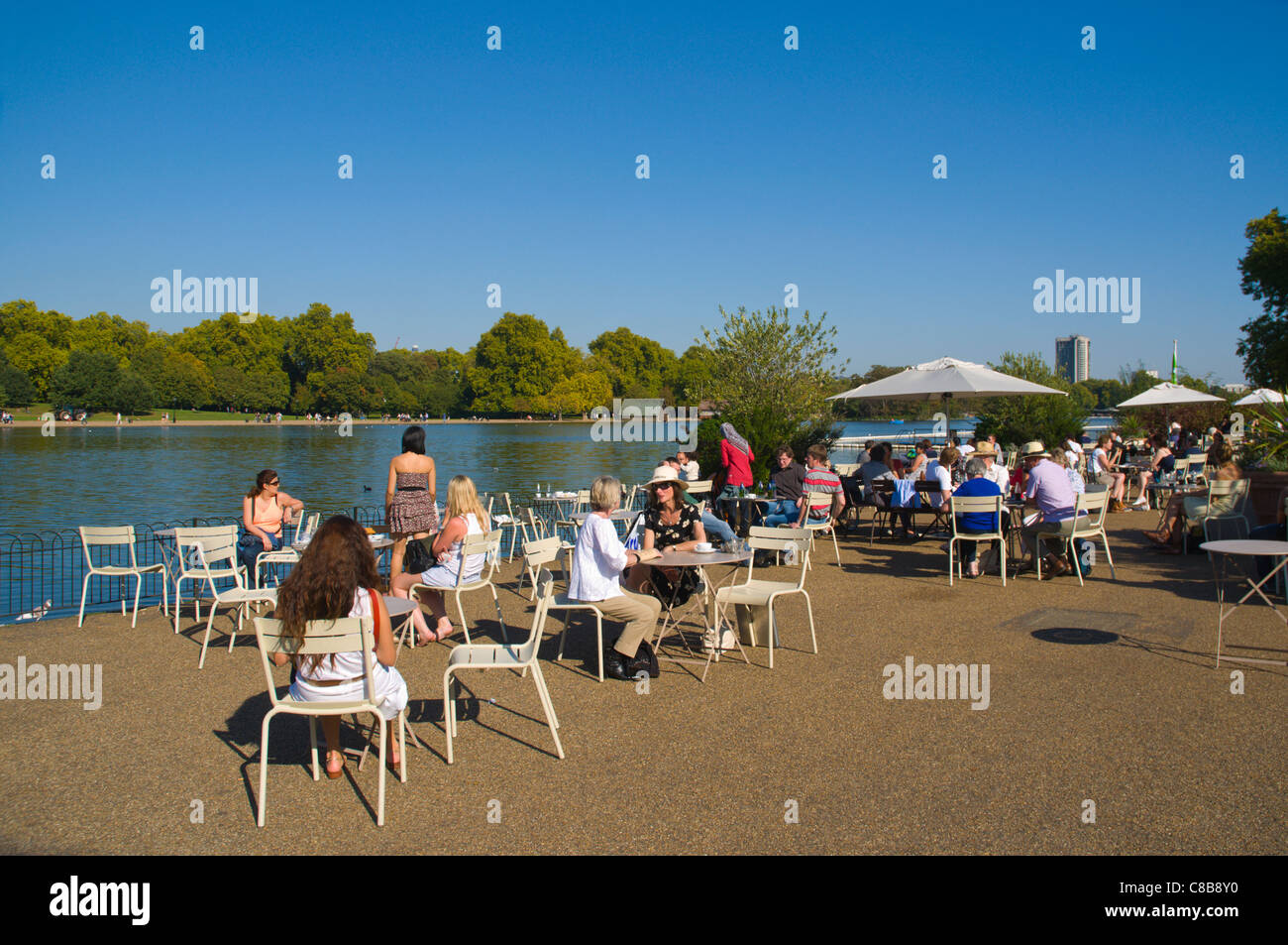 The Lido cafe bar at the Serpentine lake Hyde Park central London England UK Europe - Stock Image