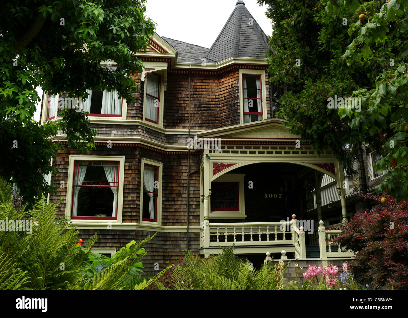 Victorian home architecture 19th century queen victoria for Architektur 1910