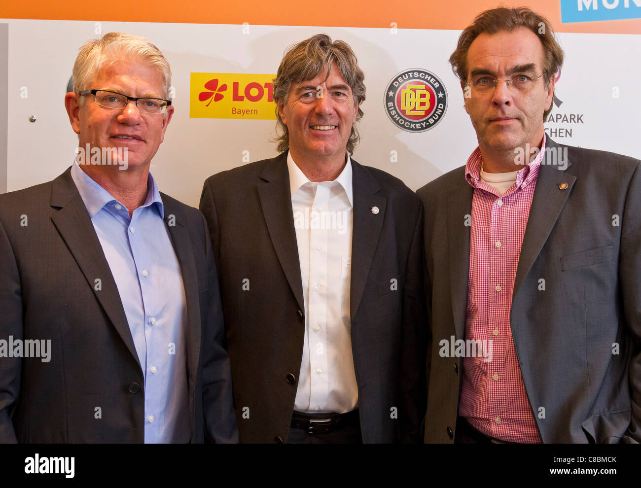 The new coach of the German ice hockey national team Jakob Koellicker, DEB President Uwe HARNOS, DEB Sportdirector - Stock Image