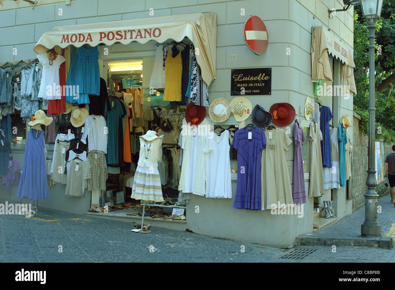 size 40 7afc8 e45c2 Clothes shop Positano Italy Stock Photo: 39596939 - Alamy